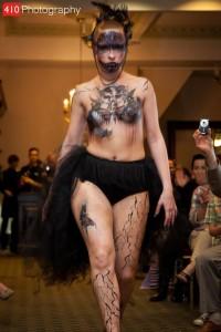 model: Louse Neal